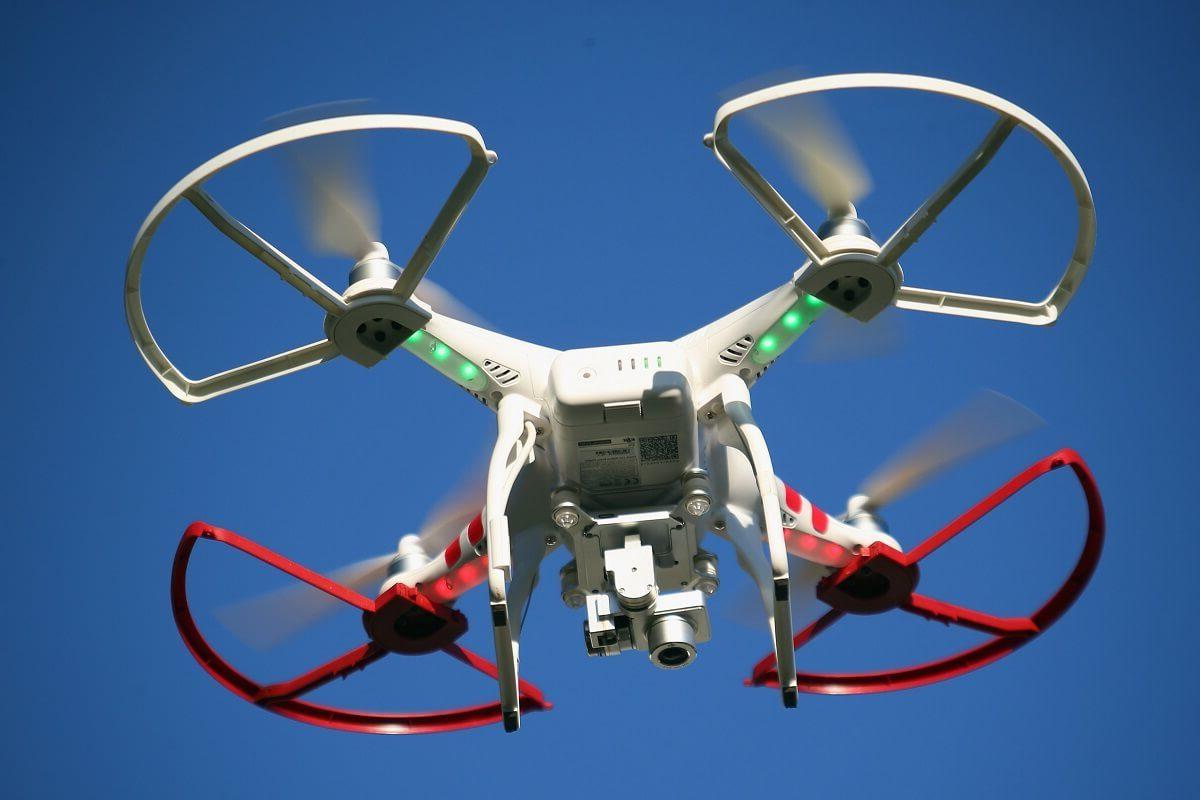 cover post per un drone giocattolo ci vuole il patentino